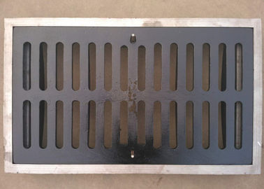 China Outdoor Heavy Duty Trench Drain Grates Rust Proof Corrosion Resistant distributor